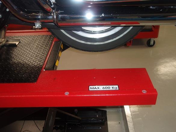 teco12 電動油圧バイクリフト イメージ 画像 バイクリフトならピットデポへ